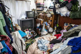 Hoarding: Buried Alive - Worse Than a Haunted House