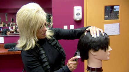 Long Island Medium - Don't Give Up Your Day Job