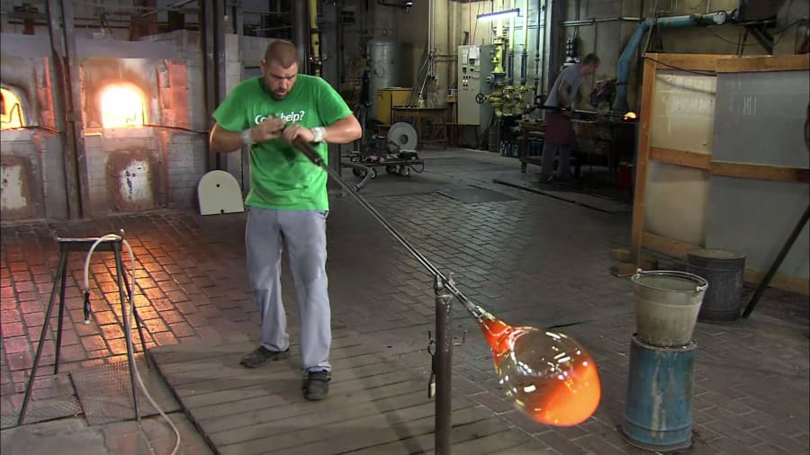 How It's Made - Mouth-Blown Window Glass, Water Pumps, Sake, and Tweezers