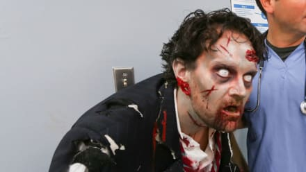 Untold Stories of the ER - Zombie Uprising