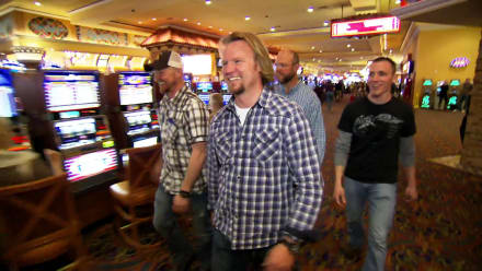 Sister Wives - Brown Boys Do Vegas