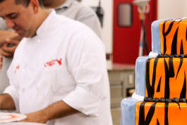 Cake Boss - Sand Castles and Seeing Double