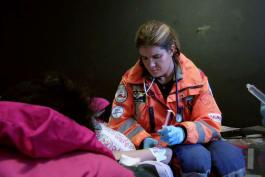 Trauma Doctors - Surgery on Scene