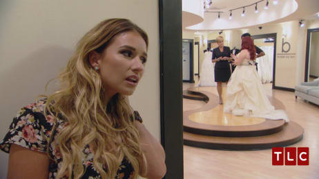 5ff5891e95e0 After surviving a car crash, bride Brandi found strength in Jessie James  Decker's lyrics to help her move forward. Thanks to Lori, Brandi is about  to get a ...