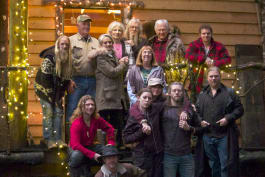 Alaskan Bush People - A Browntown Christmas