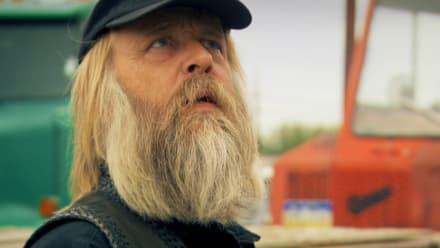 Gold Rush - Viking Hunt for a Big n' Ugly Crane