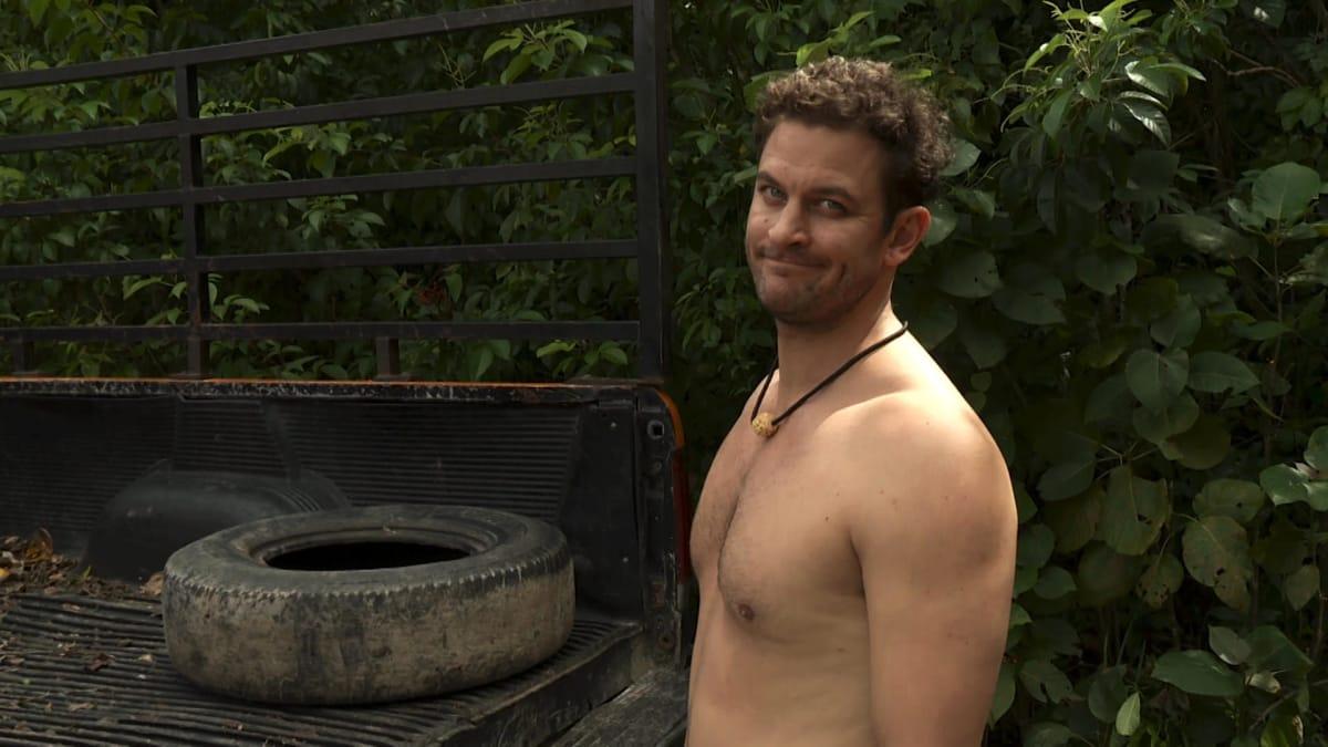 Dating Naked | Chris Aldrich Keeps Fallon | VH1 - YouTube