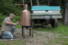 Moonshiners - A Moonshiner's Absinthe