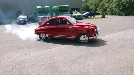 Chasing Classic Cars - Every Ferrari has a SAAB Story