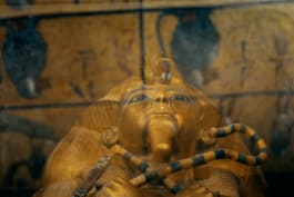 Unearthed - King Tut's Mysterious Tomb