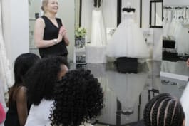 Say Yes to the Dress: UK - Squabbling Sisters