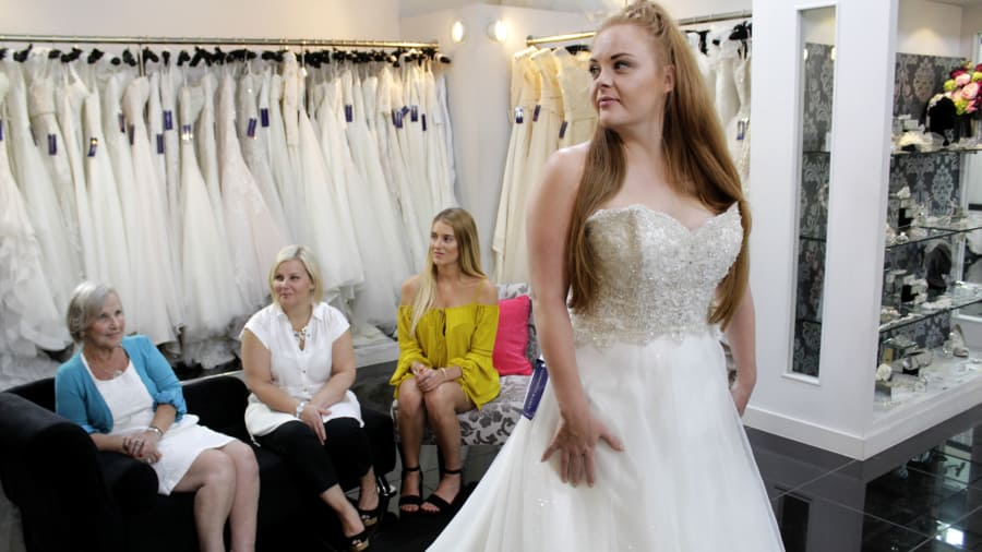 Say Yes to the Dress: UK - Sky High Expectations