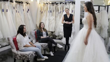 Say Yes to the Dress: UK - A Dress With Drama