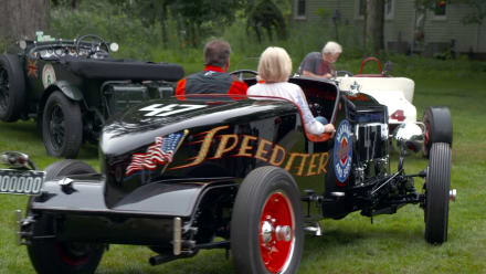 Chasing Classic Cars - Speedsters Race for Pink Slips
