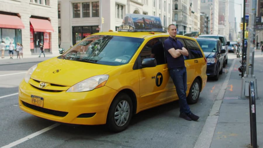 Cash Cab - Celebrity Edition: Scott Bakula