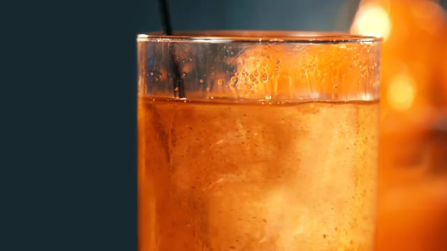Moonshiners Guide to Cocktails on FREECABLE TV