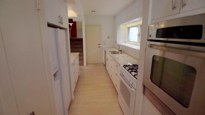 hgtv official site. Black Bedroom Furniture Sets. Home Design Ideas
