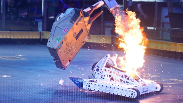 BattleBots Resurrection on FREECABLE TV