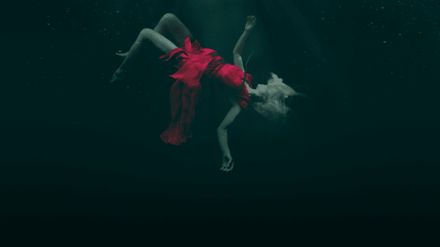 Dark Waters: Murder In the Deep on FREECABLE TV