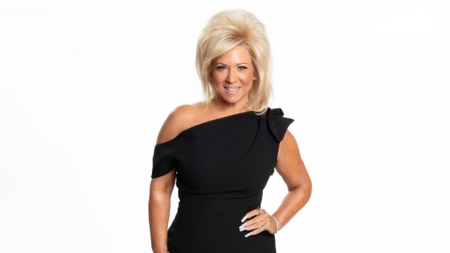Long Island Medium on FREECABLE TV
