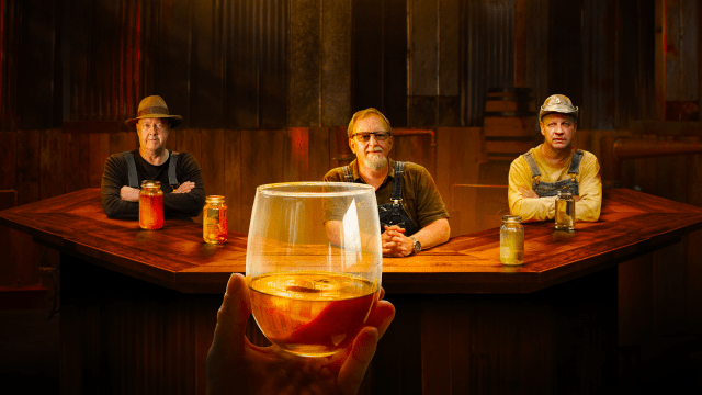 Moonshiners: Master Distiller on FREECABLE TV
