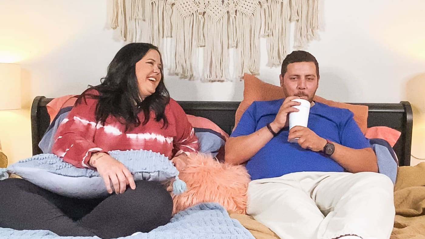 The Family Chantel: Pillow Talk